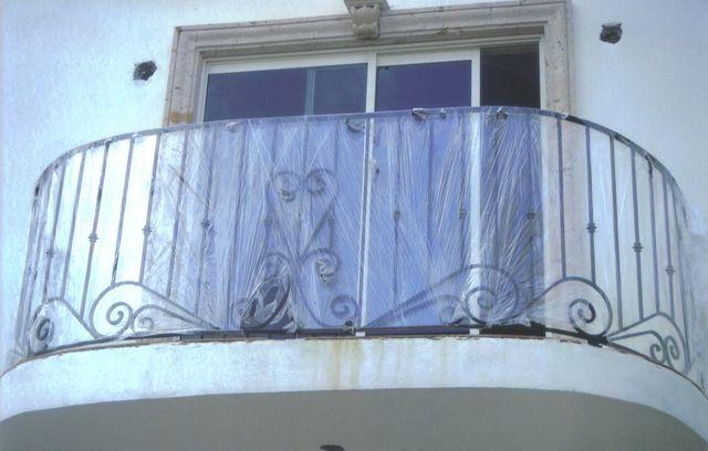 Barandal de balcon curvo herreria moctezuma for Precios de toldos para balcones
